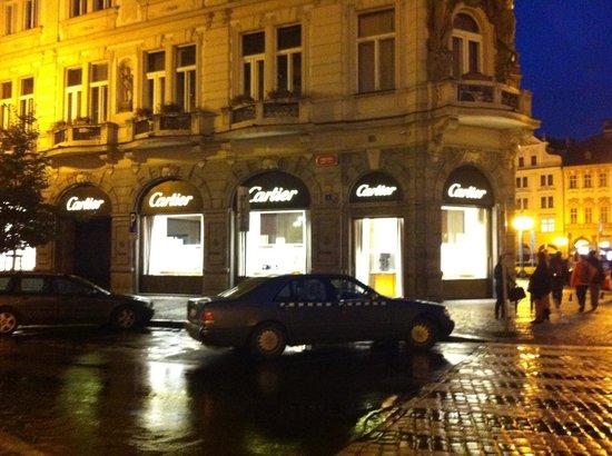 Rott Hotel: rua do hotel
