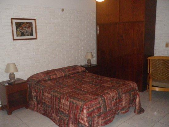 Hotel Porto Bari: AMPLIOS PLACARES