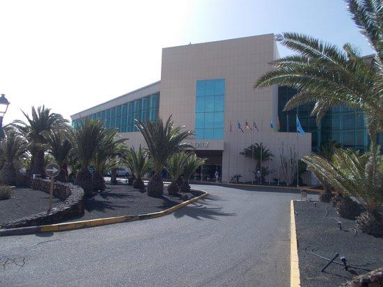 Hotel Beatriz Costa & Spa: front