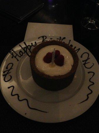 JW Steakhouse : Birthday cheesecake