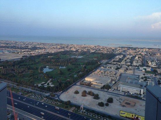 JW Marriott Marquis Hotel Dubai : vista da janela do 42° andar