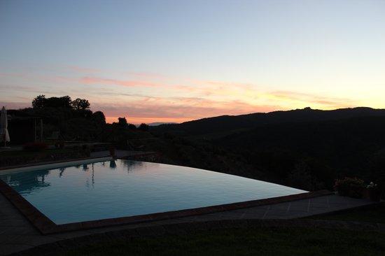 Agriturismo I Moraioli: Sunset