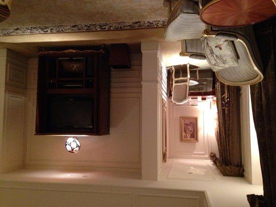 Legendale Hotel Beijing: Living room