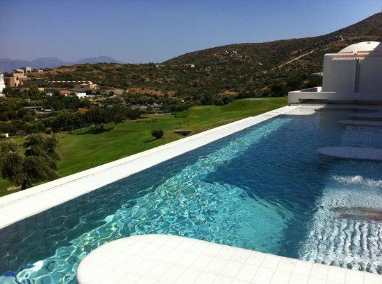 Six Senses Spa at Porto Elounda Crete: piscina esterna e golf