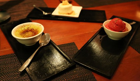 AHA Wine Bar Restaurant: Pandan Leaf and Sticky Rice Crème Brulé, Honeycomb Icecream