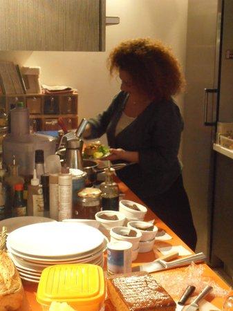 Carottes et Gingembre : Cuisine ouverte sur la salle