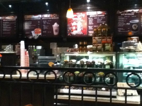 Coffee Culture Cafe & Eatery: Service Counter