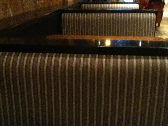 Coffee Culture Cafe & Eatery: Booths