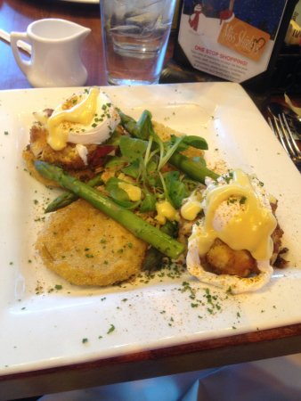 Miss Shirley's Cafe: Crab cakes and eggs over fried green tomatoes