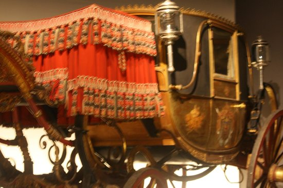 Musee de Beaux-Arts : Magnificent carriages