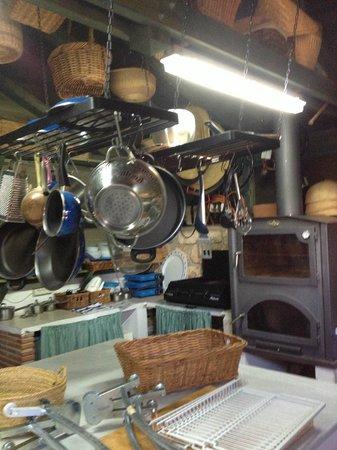 La Finca del Castillo Arabe: Wonderful Summer Kitchen