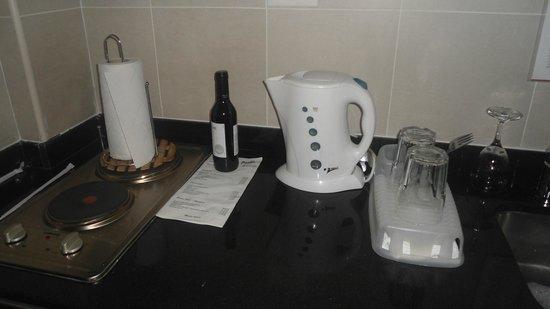 Icaro Suites: cozinha completa