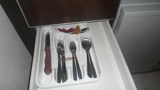 Icaro Suites: disponibilidade de talheres