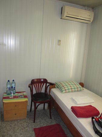 Bergendal Eco & Cultural River Resort: My tiny room