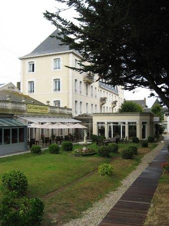 Grand Hotel de Courtoisville : Hotel ground