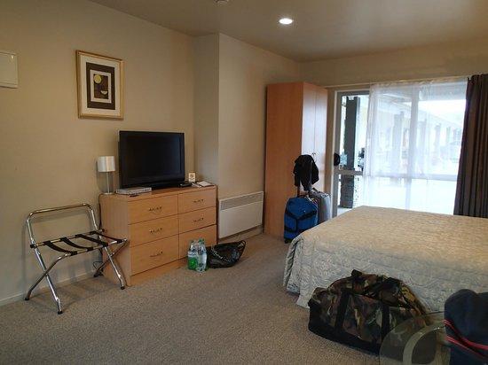 Anchorage Motel Apartments : 2