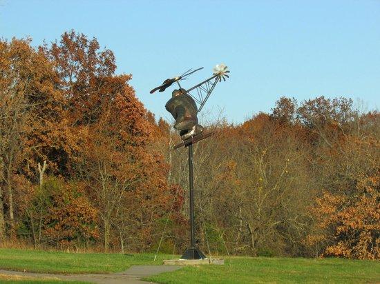Overland Park Arboretum and Botanical Gardens: Plane