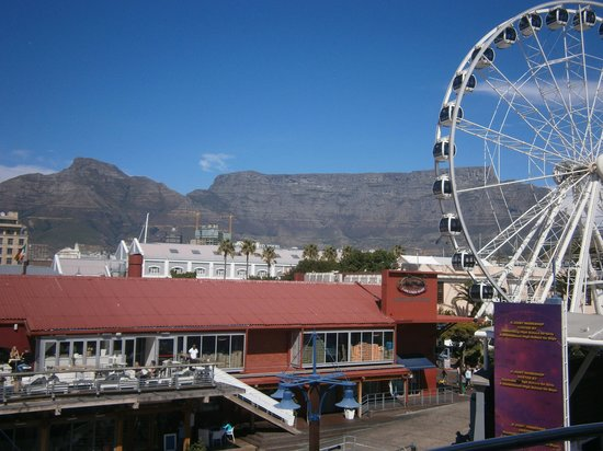 Southern Sun Waterfront Cape Town : Shopping Centre Harbor City