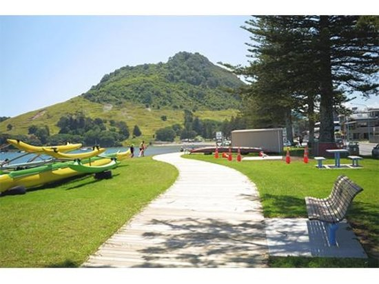 Westhaven Motel : The only motel on the family friendly Pilot Bay side of Mt Maunganui
