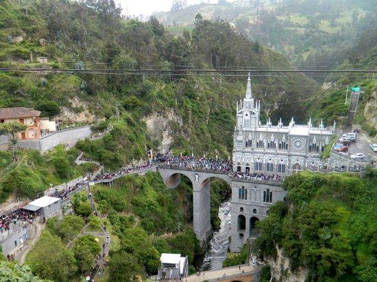 Las Lajas Sanctuary: EL SANTUARIO MAS BELLO DE AMERICA
