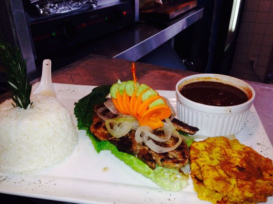 A Touch of Cuba Restaurant : Chuleta a la plancha