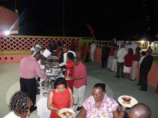 Casa Maria Hotel : Poolside buffet