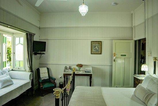 Number 12: Edwardian Suite Room Size