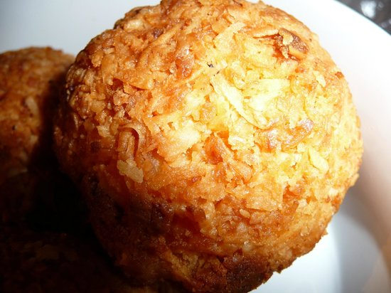 Tico's Panaderia : about 6 x the size of a coconut macaroon