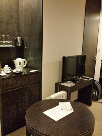 Park Hotel Tokyo : a small sitting area