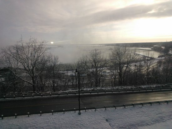 Fallsview Casino Resort: view of the Canadian falls
