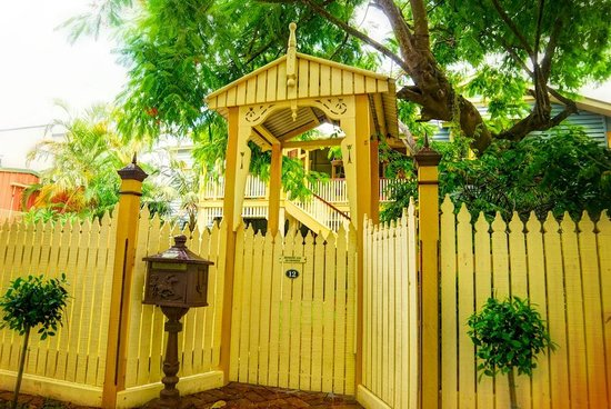 Street entry to Number 12 Bed and Breakfast, Hawthorne, Brisbane