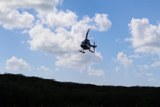 Caribbean Helicopters: Lift off