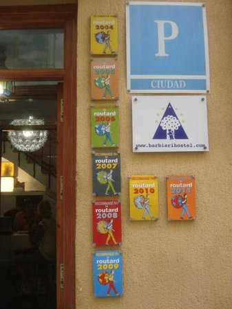 Barbieri Granada Hostel: entrance