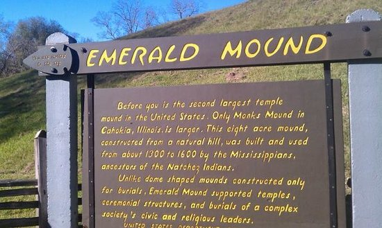 Emerald Mound : You may climb to the top, even if the gate is shut.