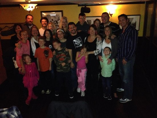 The Windsor Suites: The whole family at Con Murphys!