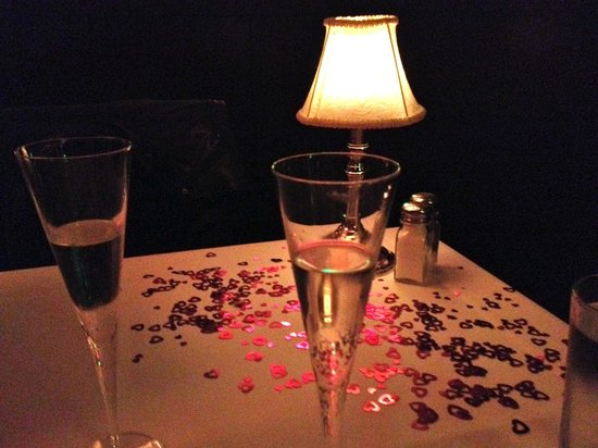 The Capital Grille: Complimentary Champagne Toast