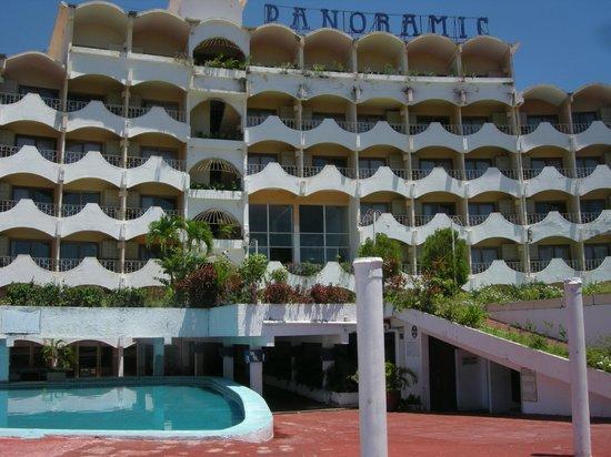 Panoramic Acapulco: classic style