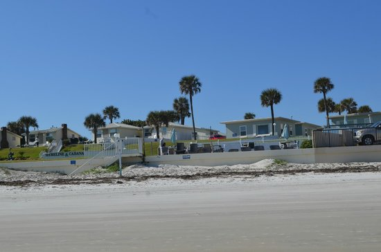 Shoreline All Suites Inn & Cabana Colony Cottages: View from the beach