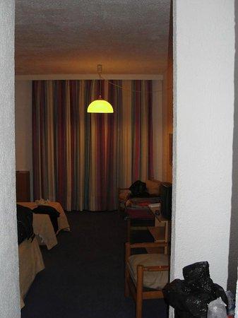 Amalia Hotel Olympia : Habitación