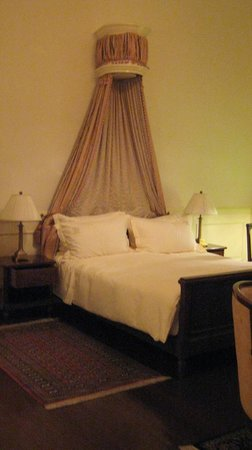 Dalat Palace Heritage Hotel: Our room