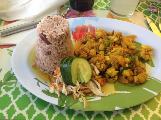 Whalers Seafood Restaurant & Sports Bar: Curried Lobster with Rice and Peas