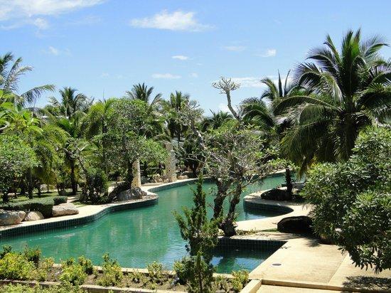 Andaman Princess Resort & Spa: Бассейн - большй и красивый, что есть, то есть