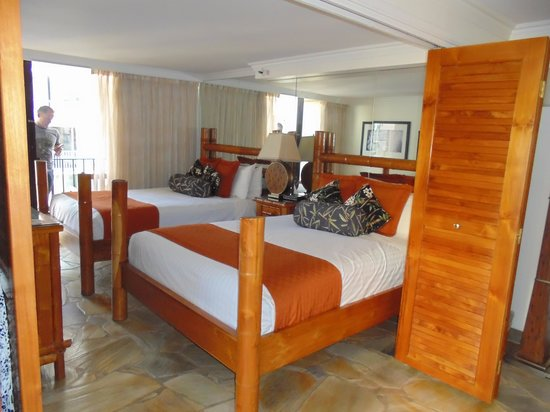 Aqua Bamboo Waikiki: The bedroom