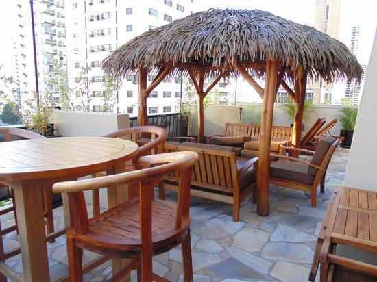 Aqua Bamboo Waikiki: The super large patio