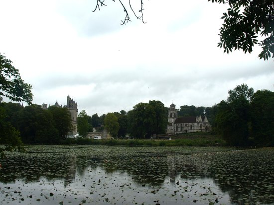 ‪Lac de Pierrefonds‬