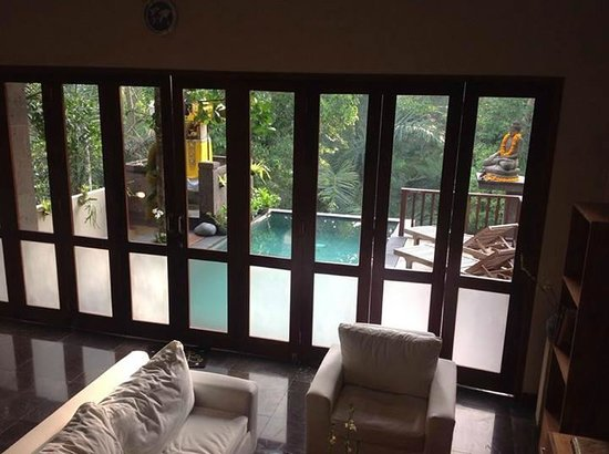 Lumbung Sari Cottages : View from the stairs