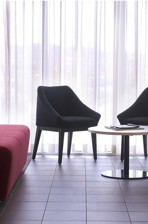 Abode Hotel Woden: Adobe Woden rooms