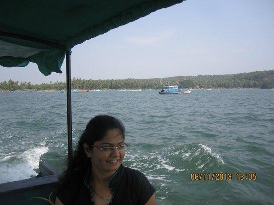 Renzo's Inn: In the boat