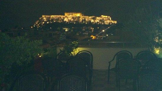 Attalos Hotel : La Acrópolis vista desde el bar de la azotea