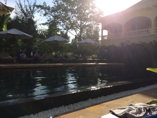 Pavillon d'Orient Boutique-Hotel: One of the pools